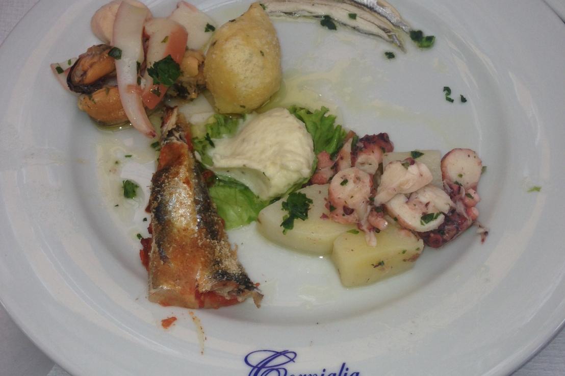 lunch in corniglia