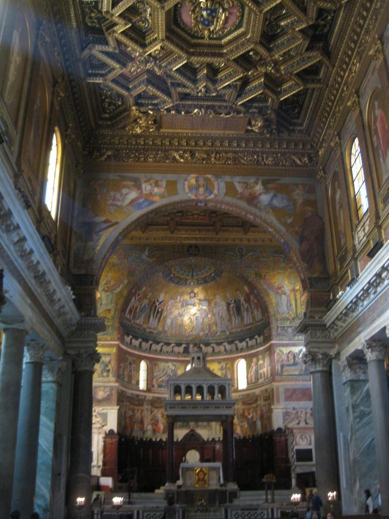 Interior of the Santa Maria in Trastevere