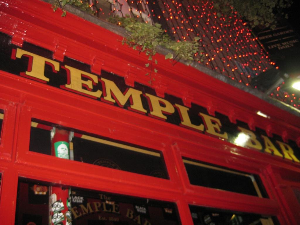 The infamous Temple Bar pub