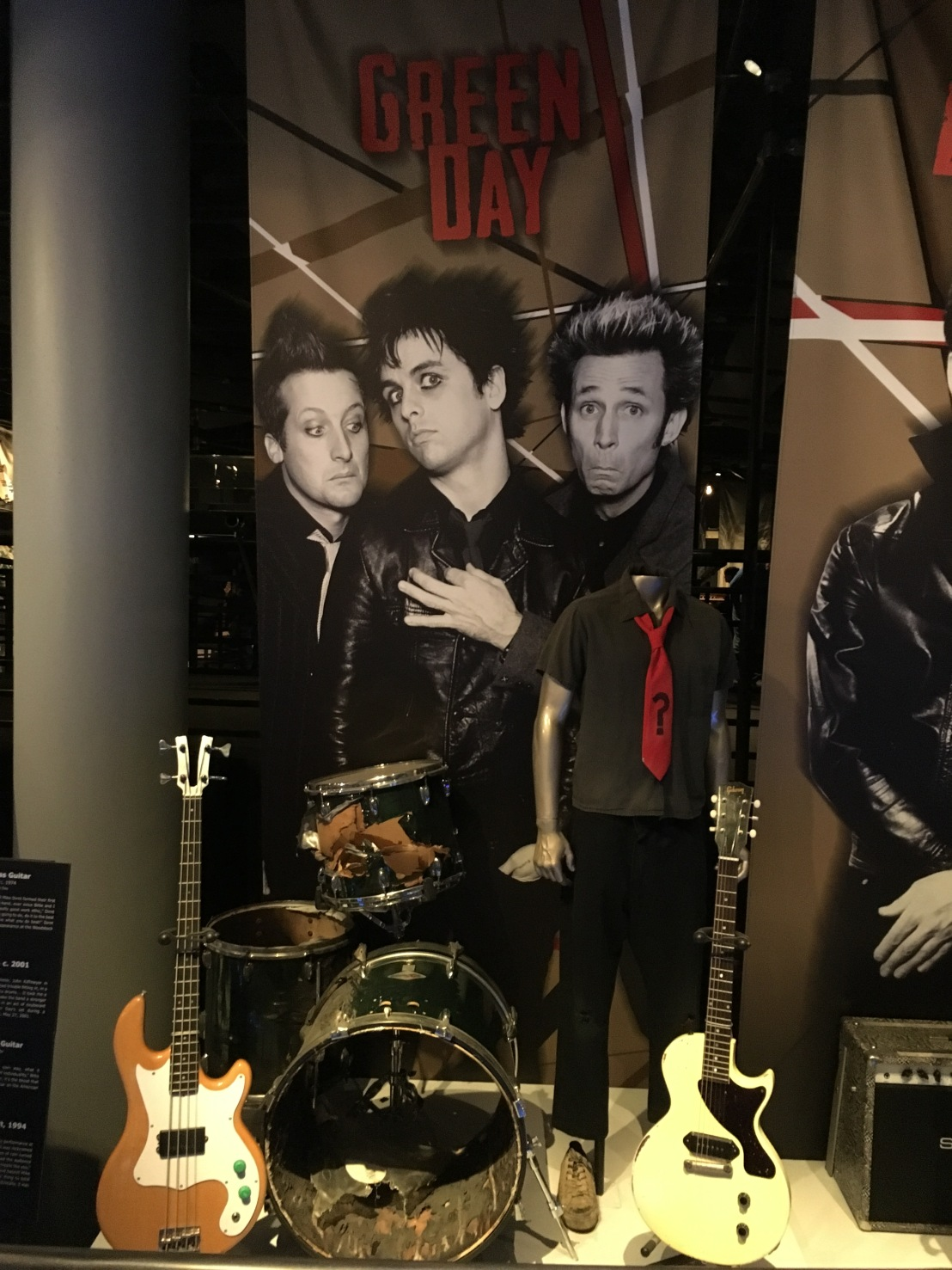 Rock and Roll Hall of Fame 33