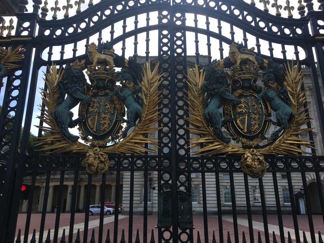 Buckingham Palace 26