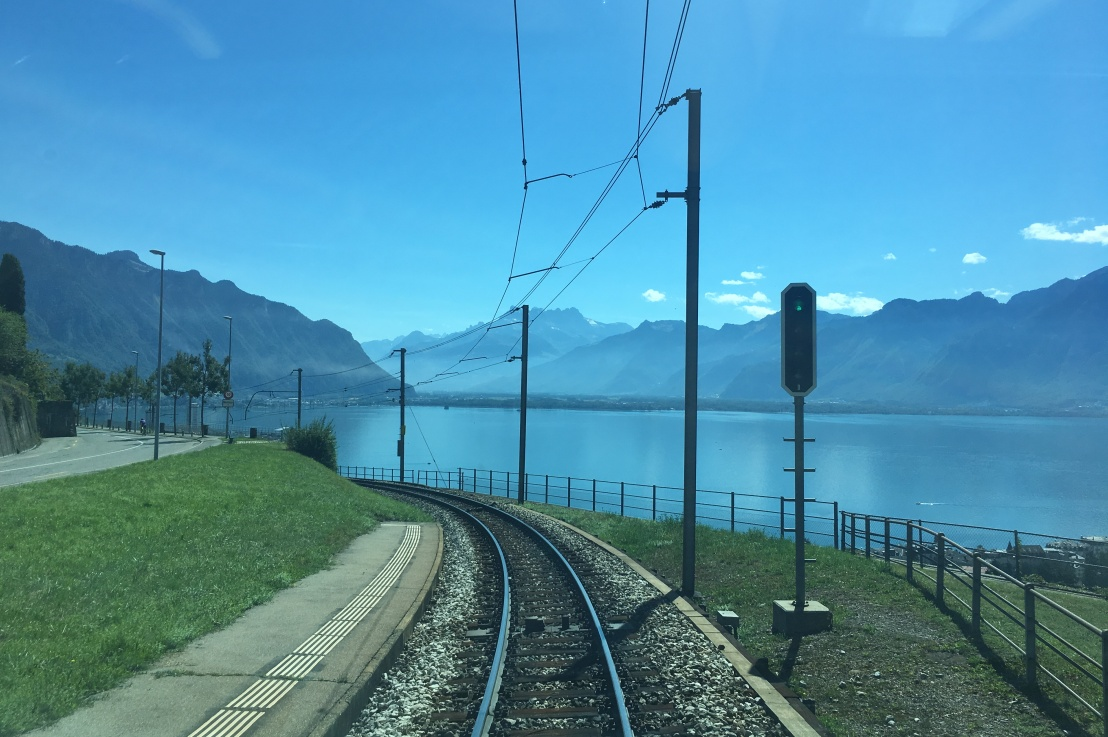 how to get a panoramic view ofswitzerland