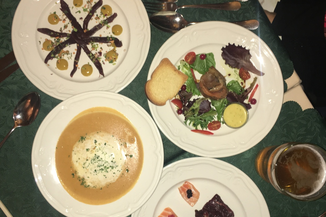 8 foods you should say halló to iniceland