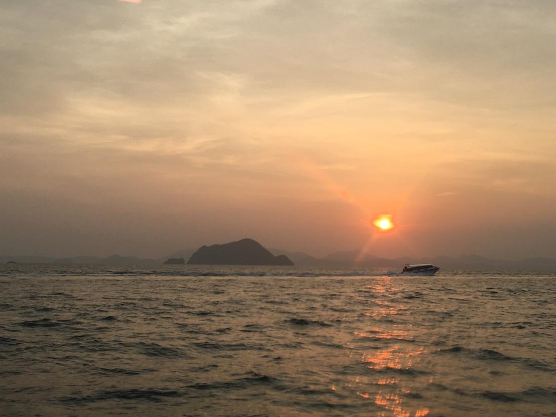 Phi Phi Islands:Maya Beach:Monkey Beach:Bamboo Island 11