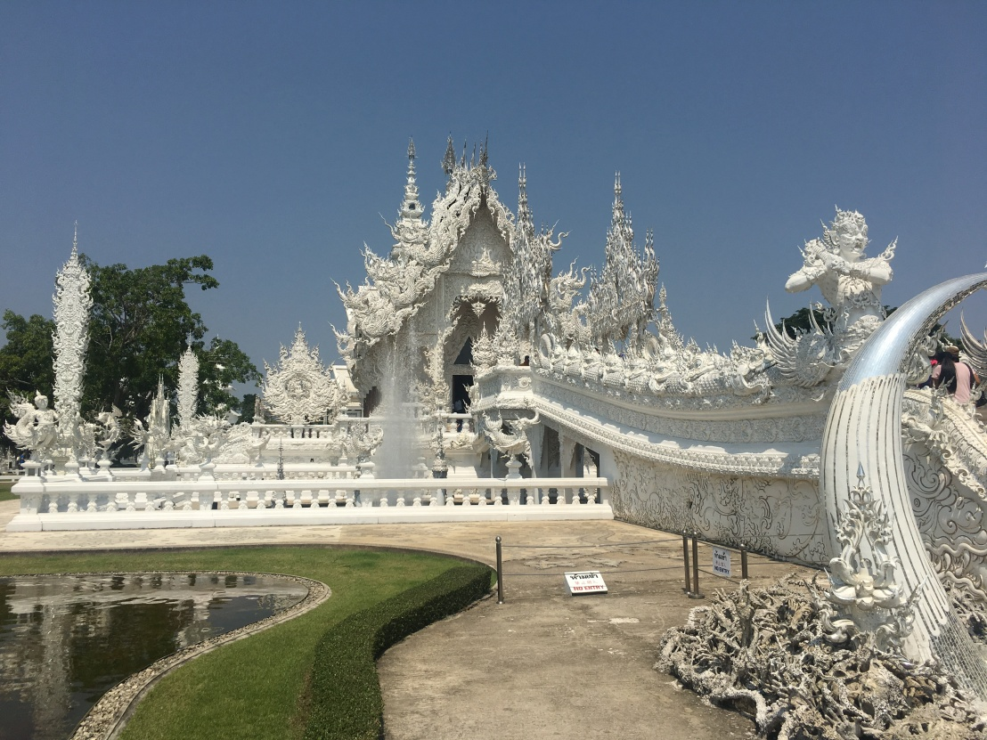 Thawee Hot Springs:White Temple:Wat Chedi Luang:Golden Triangle 30