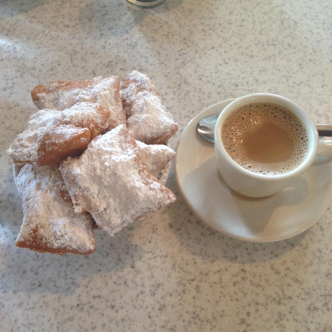 Cafe Du Monde (10)