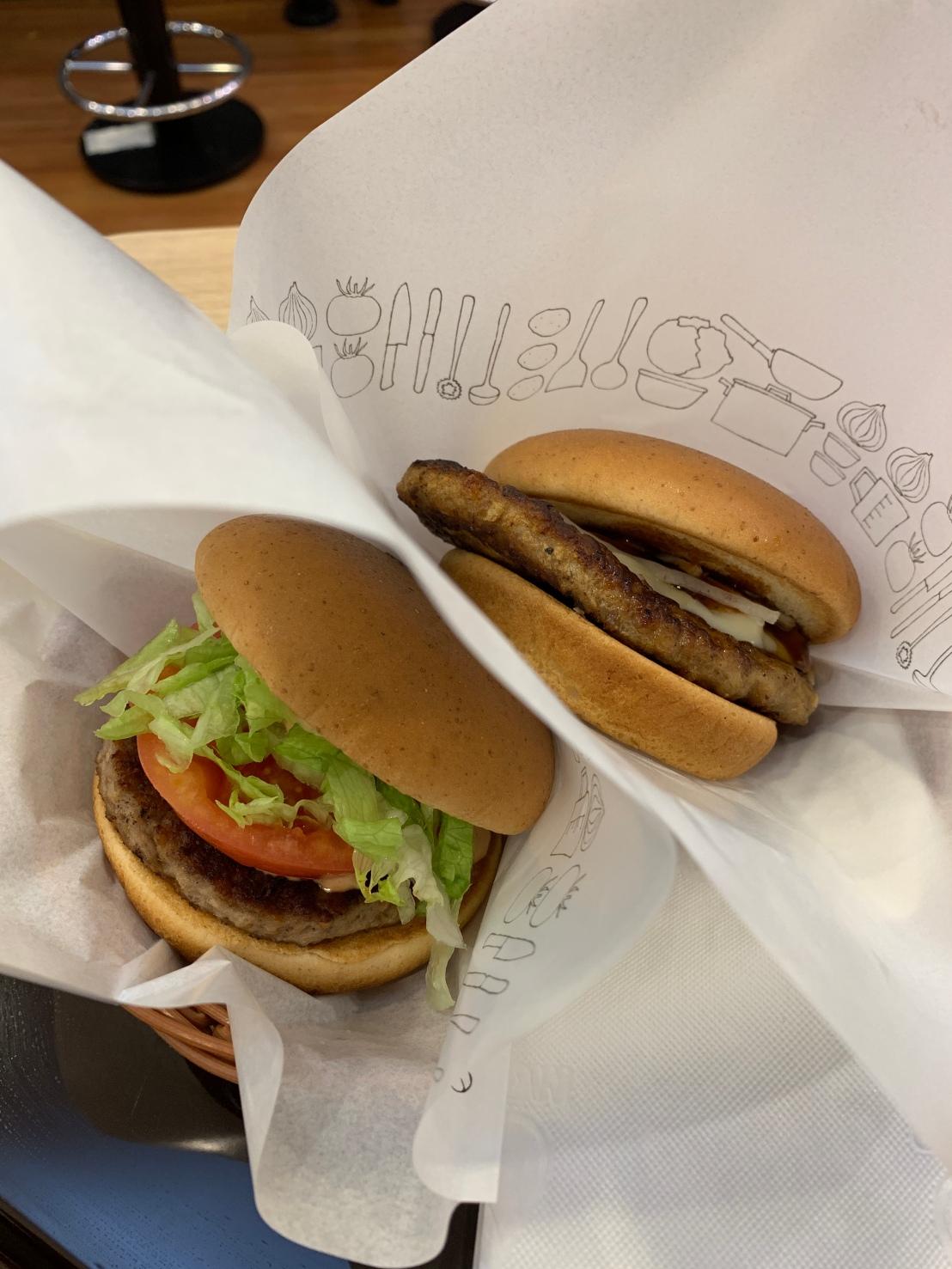Shinjuku:Omoide Yokocho:Mos Burger 52