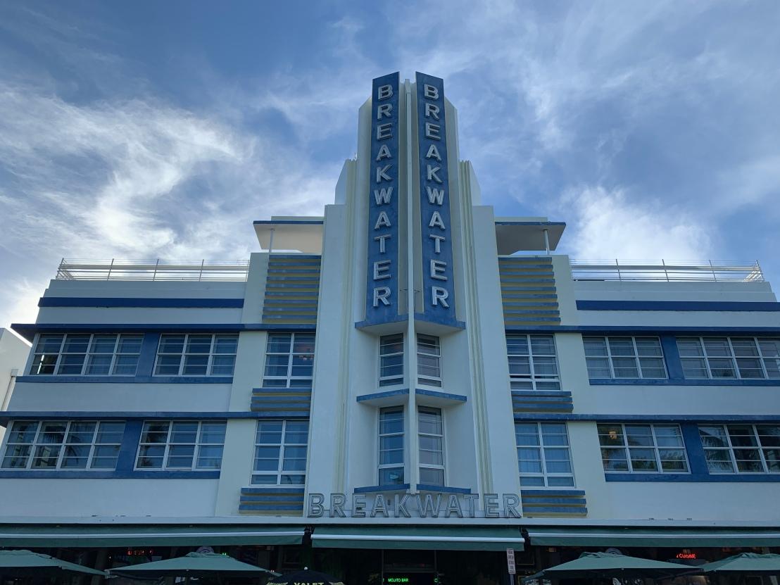 Art Deco District 5