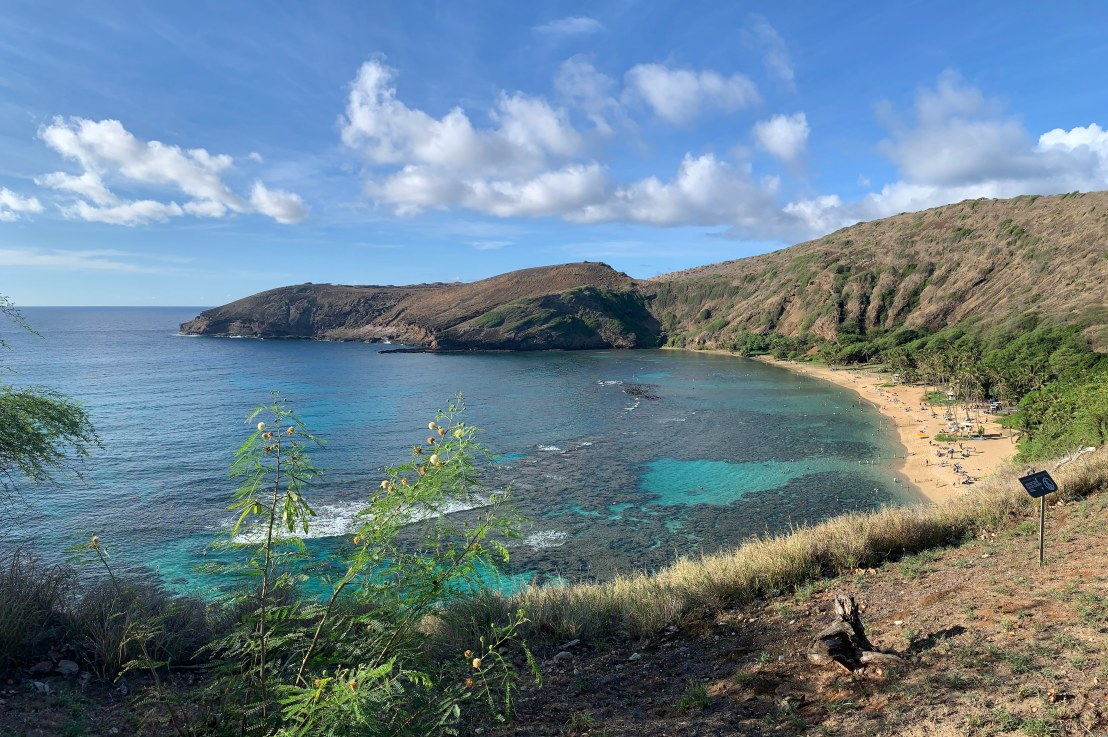 snorkeling at hanaumabay